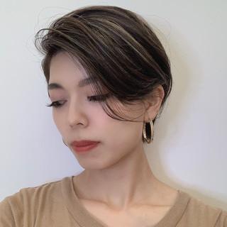 ショートボブ ショート 簡単スタイリング ナチュラル ヘアスタイルや髪型の写真・画像
