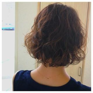 ボブ ふわふわ ガーリー ウェーブ ヘアスタイルや髪型の写真・画像