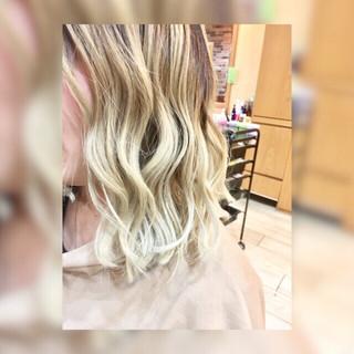 ミディアム 白髪染め 外国人風カラー シルバー ヘアスタイルや髪型の写真・画像