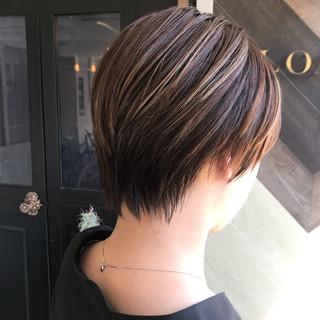 ショート ナチュラル デート オフィス ヘアスタイルや髪型の写真・画像
