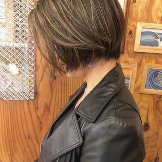 アンニュイ ナチュラル ハンサムショート ハイライト ヘアスタイルや髪型の写真・画像