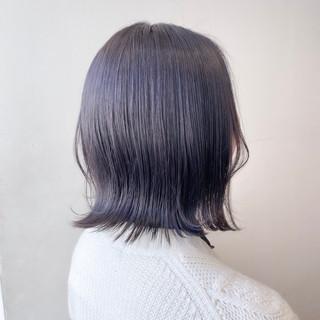 透明感カラー ナチュラル 切りっぱなしボブ ブルーバイオレット ヘアスタイルや髪型の写真・画像