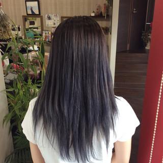 ストリート 外国人風カラー アッシュグレー セミロング ヘアスタイルや髪型の写真・画像