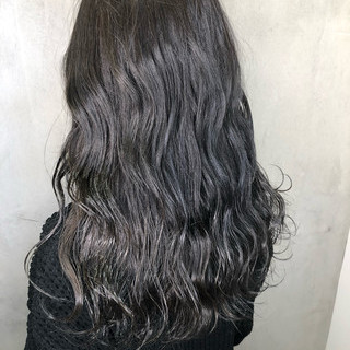 ハイライト 黒髪 オフィス ロング ヘアスタイルや髪型の写真・画像 ヘアスタイルや髪型の写真・画像