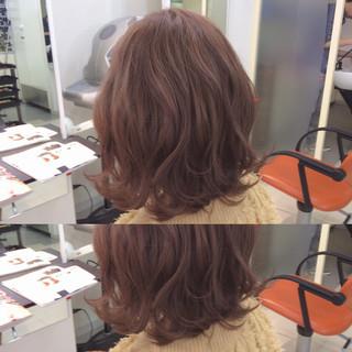 色気 ピンク ミディアム ピンクアッシュ ヘアスタイルや髪型の写真・画像