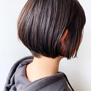 ばっさり 黒髪 大人かわいい ショートボブ ヘアスタイルや髪型の写真・画像
