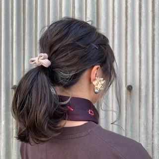 簡単ヘアアレンジ ローポニーテール ヘアアレンジ ナチュラル ヘアスタイルや髪型の写真・画像