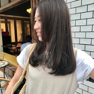 デート ハイライト ロング オフィス ヘアスタイルや髪型の写真・画像