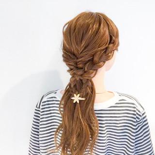 デート 結婚式 簡単ヘアアレンジ 三つ編み ヘアスタイルや髪型の写真・画像