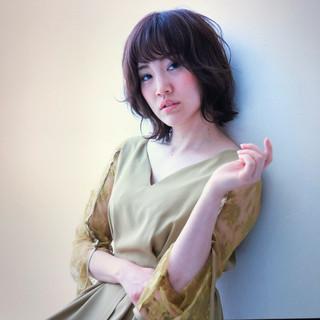 パーマ オフィス デート エレガント ヘアスタイルや髪型の写真・画像