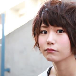 ナチュラル ストリート 大人かわいい 小顔 ヘアスタイルや髪型の写真・画像