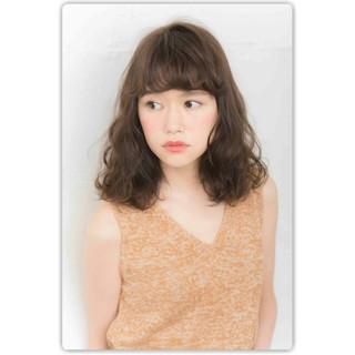 大人かわいい ナチュラル アッシュ パーマ ヘアスタイルや髪型の写真・画像 ヘアスタイルや髪型の写真・画像