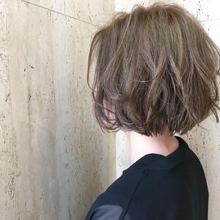 ボブ 大人かわいい 外国人風 ハイライト ヘアスタイルや髪型の写真・画像