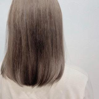 透明感 極細ハイライト ハイライト ミルクティーベージュ ヘアスタイルや髪型の写真・画像