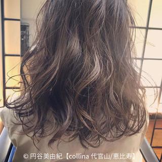 ボブ デート フェミニン 色気 ヘアスタイルや髪型の写真・画像