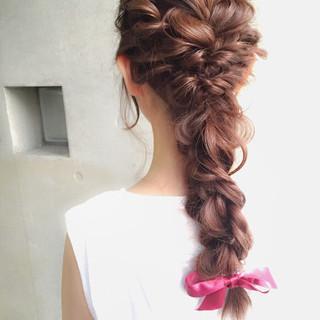ショート 大人女子 フェミニン ヘアアレンジ ヘアスタイルや髪型の写真・画像