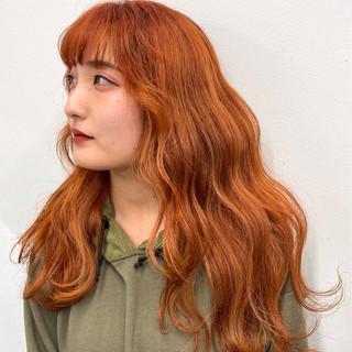 アプリコットオレンジ ロング オレンジカラー モテ髪 ヘアスタイルや髪型の写真・画像
