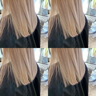 ミディアム インナーカラー モード 切りっぱなしボブ ヘアスタイルや髪型の写真・画像