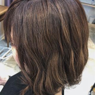 アウトドア フェミニン ボブ オフィス ヘアスタイルや髪型の写真・画像