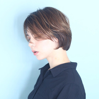 白髪染め ボブ ショートボブ ナチュラル ヘアスタイルや髪型の写真・画像