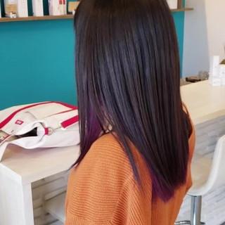 アッシュ ハイトーン ストレート インナーカラー ヘアスタイルや髪型の写真・画像