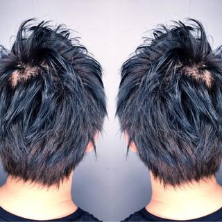 ショート メンズ 黒髪 アッシュ ヘアスタイルや髪型の写真・画像