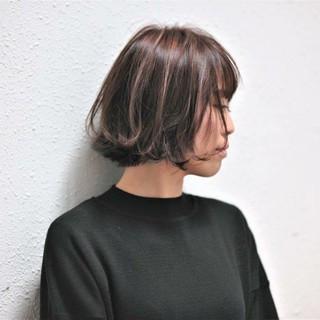 外ハネ ボブ 大人女子 ナチュラル ヘアスタイルや髪型の写真・画像