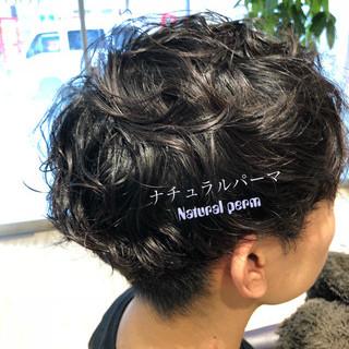 ショート パーマ メンズスタイル メンズパーマ ヘアスタイルや髪型の写真・画像