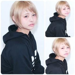 ナチュラル 金髪 ストレート レイヤーカット ヘアスタイルや髪型の写真・画像