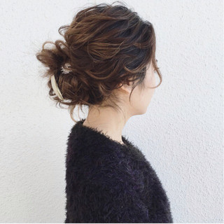 ナチュラル ガーリー 大人かわいい ミディアム ヘアスタイルや髪型の写真・画像 ヘアスタイルや髪型の写真・画像