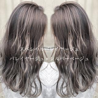 簡単ヘアアレンジ エレガント ロング バレイヤージュ ヘアスタイルや髪型の写真・画像 ヘアスタイルや髪型の写真・画像