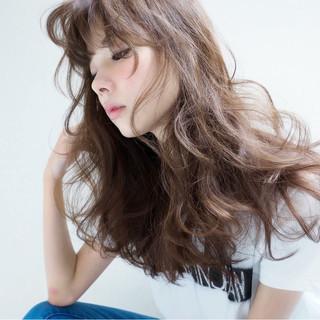 アッシュ モード パーマ ゆるふわ ヘアスタイルや髪型の写真・画像