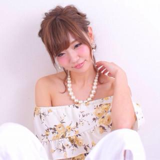 簡単ヘアアレンジ ショート ミディアム パーマ ヘアスタイルや髪型の写真・画像