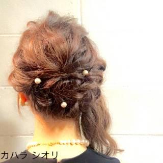 パーティ 波ウェーブ ゆるふわ ミディアム ヘアスタイルや髪型の写真・画像
