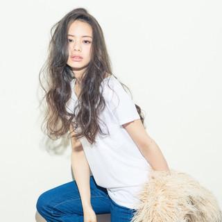 ルーズ 外国人風 グラデーションカラー ストリート ヘアスタイルや髪型の写真・画像