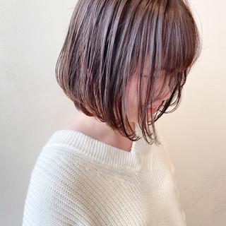 ボブ ミルクティーベージュ 透明感カラー ナチュラル ヘアスタイルや髪型の写真・画像