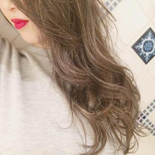 簡単ヘアアレンジ ロング ナチュラル ヘアアレンジ ヘアスタイルや髪型の写真・画像 ヘアスタイルや髪型の写真・画像