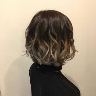 切りっぱなし 春 フェミニン 透明感 ヘアスタイルや髪型の写真・画像 ヘアスタイルや髪型の写真・画像