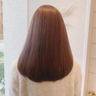 ミディアム 髪質改善トリートメント うる艶カラー ブラウンベージュ ヘアスタイルや髪型の写真・画像