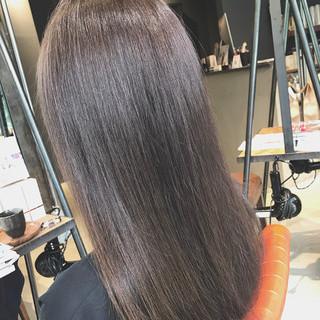 最新トリートメント シルバーアッシュ アディクシーカラー oggiotto ヘアスタイルや髪型の写真・画像