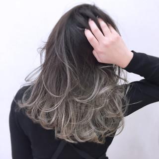 ハイトーン グラデーションカラー 小顔 こなれ感 ヘアスタイルや髪型の写真・画像