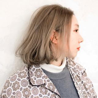 ニュアンス グラデーションカラー アッシュ ボブ ヘアスタイルや髪型の写真・画像