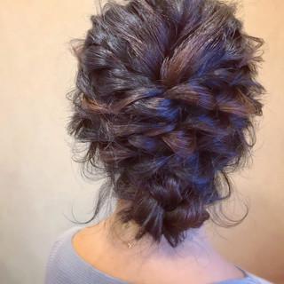 セミロング 簡単ヘアアレンジ フェミニン お呼ばれ ヘアスタイルや髪型の写真・画像
