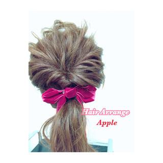 セミロング くるりんぱ 簡単ヘアアレンジ ヘアアレンジ ヘアスタイルや髪型の写真・画像