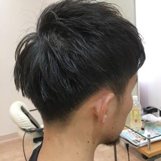 メンズ 束感 ショート 刈り上げ ヘアスタイルや髪型の写真・画像