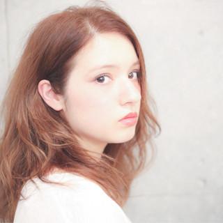 セミロング 大人かわいい 外国人風 ミディアム ヘアスタイルや髪型の写真・画像