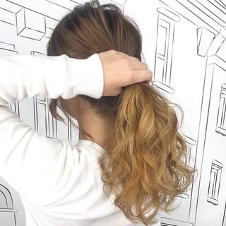 外国人風カラー セミロング エレガント ヘアスタイルや髪型の写真・画像