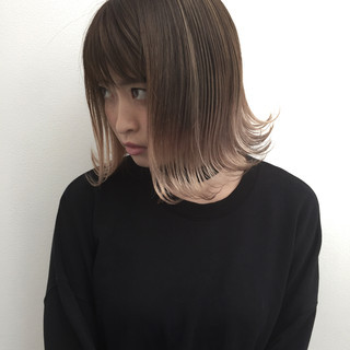 外ハネ 外国人風 ボブ ストリート ヘアスタイルや髪型の写真・画像