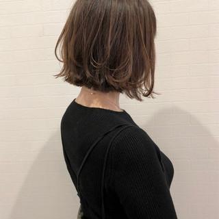 ボブ グレージュ ナチュラル ヘアアレンジ ヘアスタイルや髪型の写真・画像
