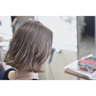 ボブ 外国人風カラー ストリート グレージュ ヘアスタイルや髪型の写真・画像